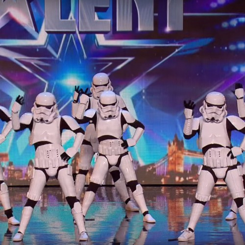 Stormtroopers amaze audience with popular dance moves