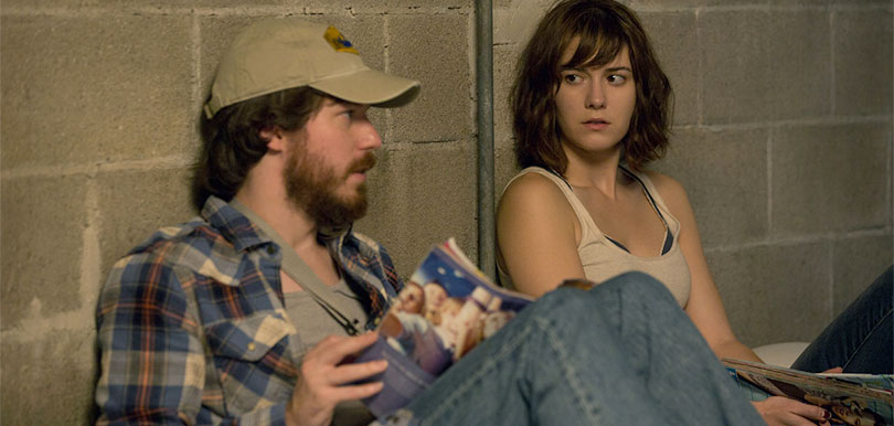10_cloverfield_lane_john_gallagher_jr_mary_elizabeth_winstead