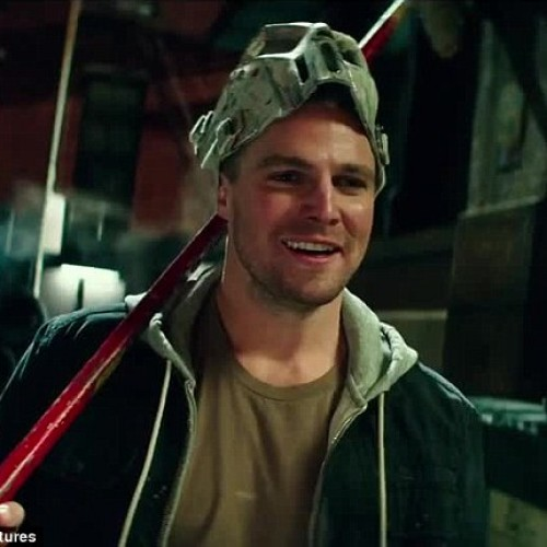 TMNT's Stephen Amell says his personality is more like Casey Jones than Arrow