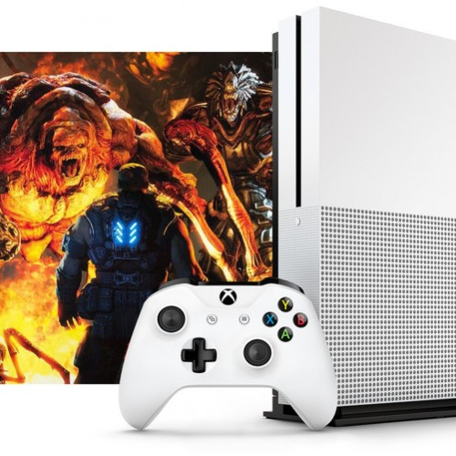 New Xbox One image leaked, showcasing slimmer look