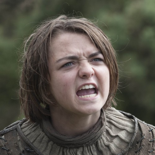 Maisie Williams brilliantly shuts down thoughtless headline