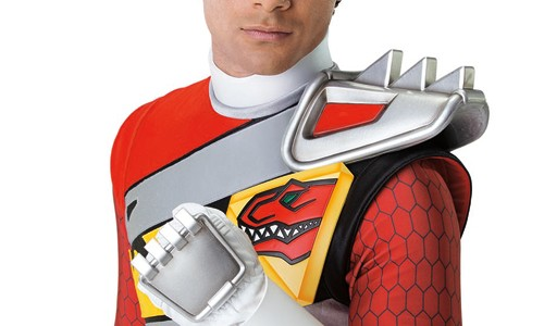 Red Dino Charge Ranger shows off his skills on American Ninja Warrior