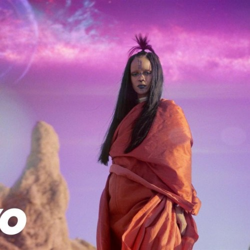 Rihanna releases Star Trek Beyond music video 'Sledgehammer'