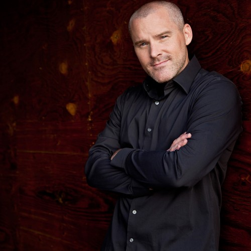 Roger Craig Smith talks about Sonic, the Assassin's Creed movie, and his role as Batman