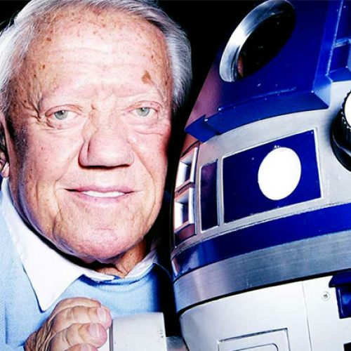 Kenny Baker, the actor behind R2-D2, has passed away at 83