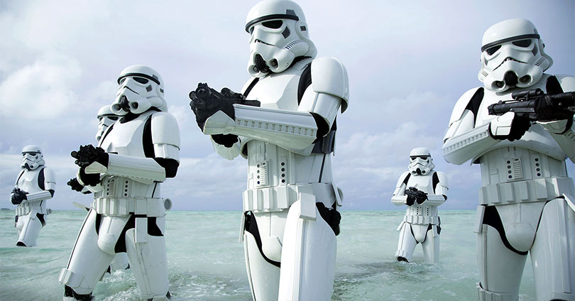 rogue_one_stormtroopers_beach