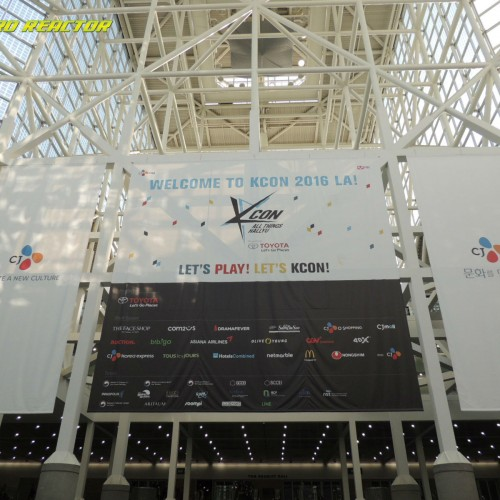 KCON LA 2016 celebrated their 5th anniversary with over 76,000 people