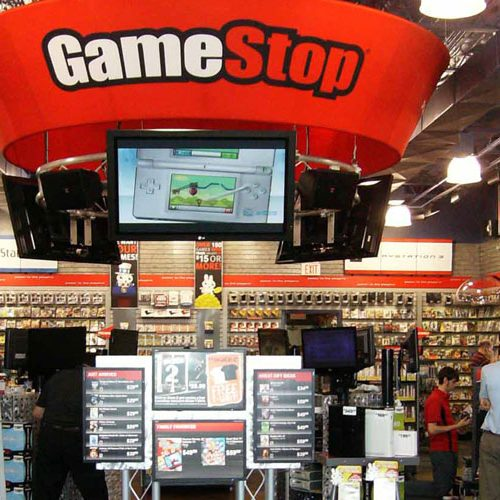 GameStop closing locations, losing stock value