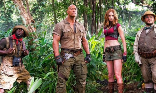 Karen Gillan says there's a reason for her 'child-sized clothes' in Jumanji