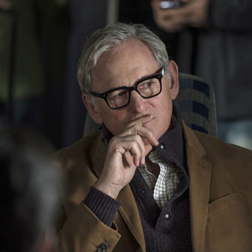 Victor Garber to join Flash/Supergirl musical crossover?