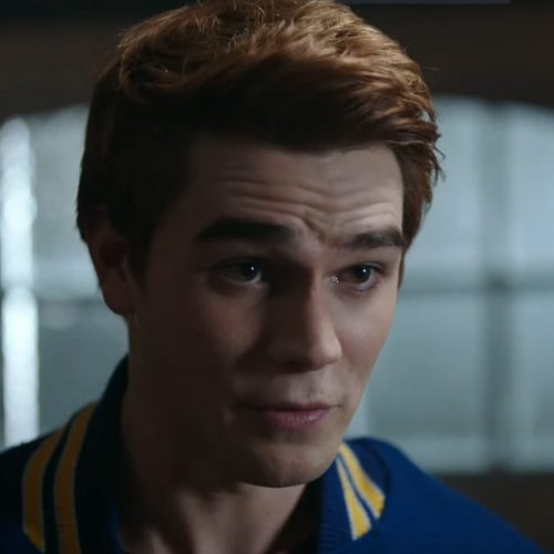 The CW and Archie Comics' Riverdale gets an extended trailer