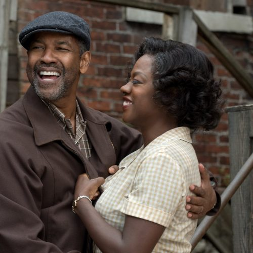 'Fences' builds a powerful tale of the roles we hold in our family (review)