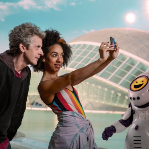 Doctor Who's 'Smile' just makes you want to do that (review)