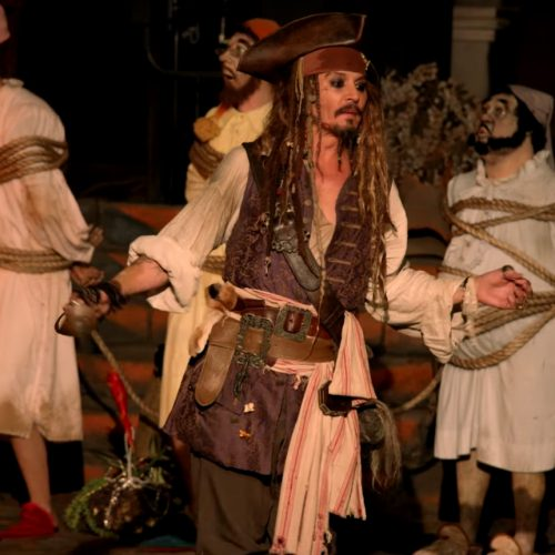 Johnny Depp dresses up as Captain Jack Sparrow and surprises fans at Disneyland