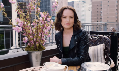 Daisy Ridley talks about fame, Carrie Fisher, and Star Wars in Vogue