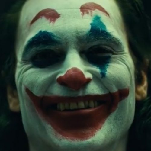 Joaquin Phoenix as the Joker camera test is creepy