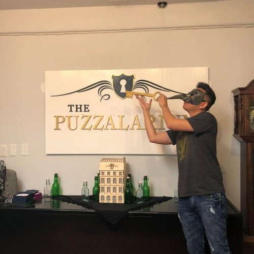 Puzzalarium's Parlour escape room review