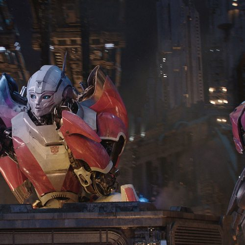 Check out stills of G1 Transformers in Bumblebee's Fall of Cybertron scene