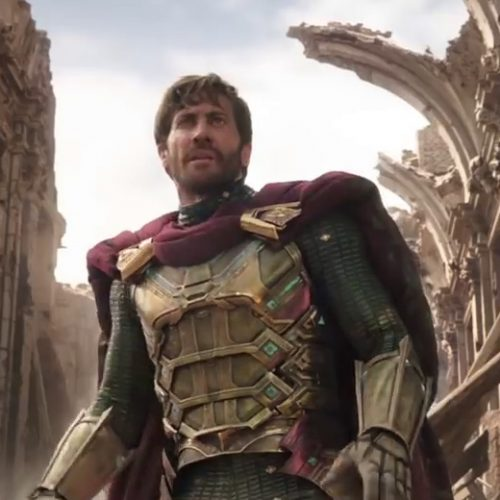 Jake Gyllenhaal as Mysterio saves the day in Spider-Man: Far From Home teaser trailer
