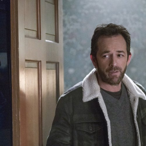 Riverdale's Luke Perry sent to hospital after reports of stroke