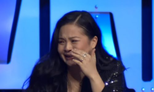 Kelly Marie Tran gets emotional as crowd chants her name during Star Wars Celebration