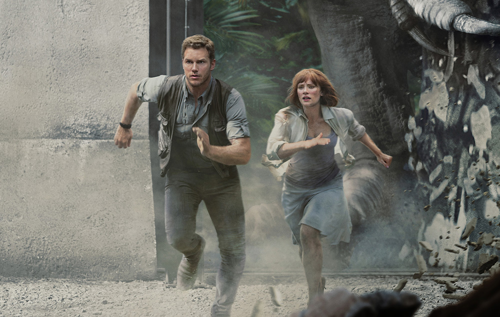 Jurassic World - The Ride Chris Pratt Bryce Dallas Howard