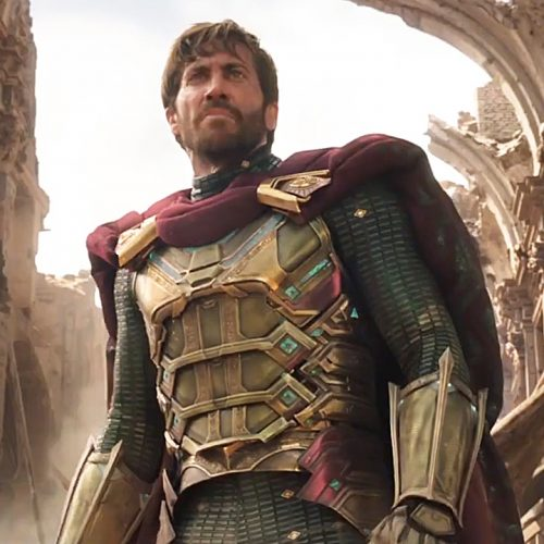 Mysterio comes to 'save the day' in Spider-Man: Far From Home clip