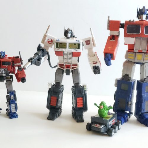 A closer look at the Optimus Prime x Ghostbusters MP-10G figure