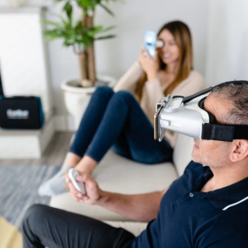 EyeQue brings vision tests to your home