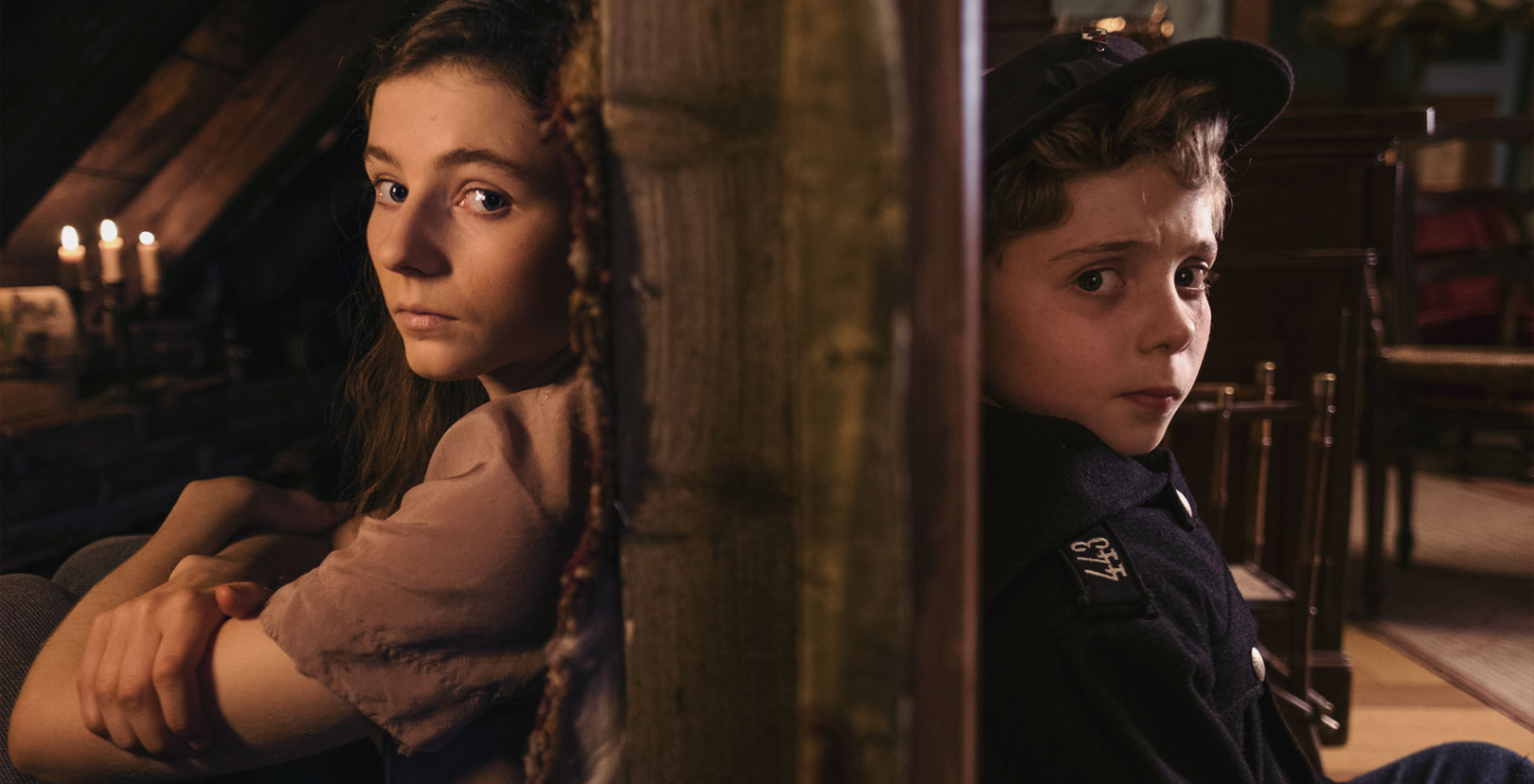 Jojo Rabbit - Thomasin McKenzie and Roman Griffin Davis