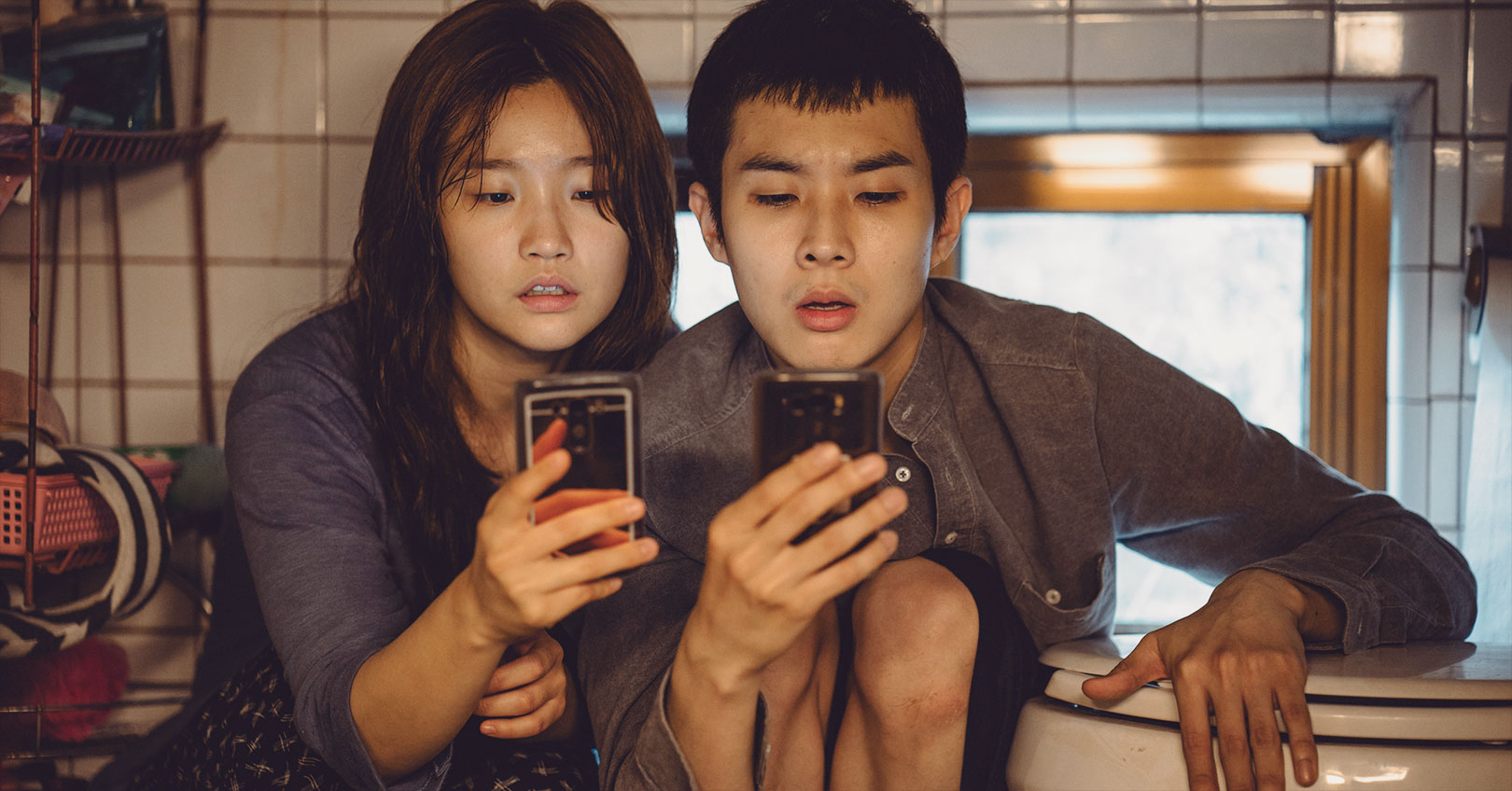 Parasite - Park So-dam and Choi Woo-sik