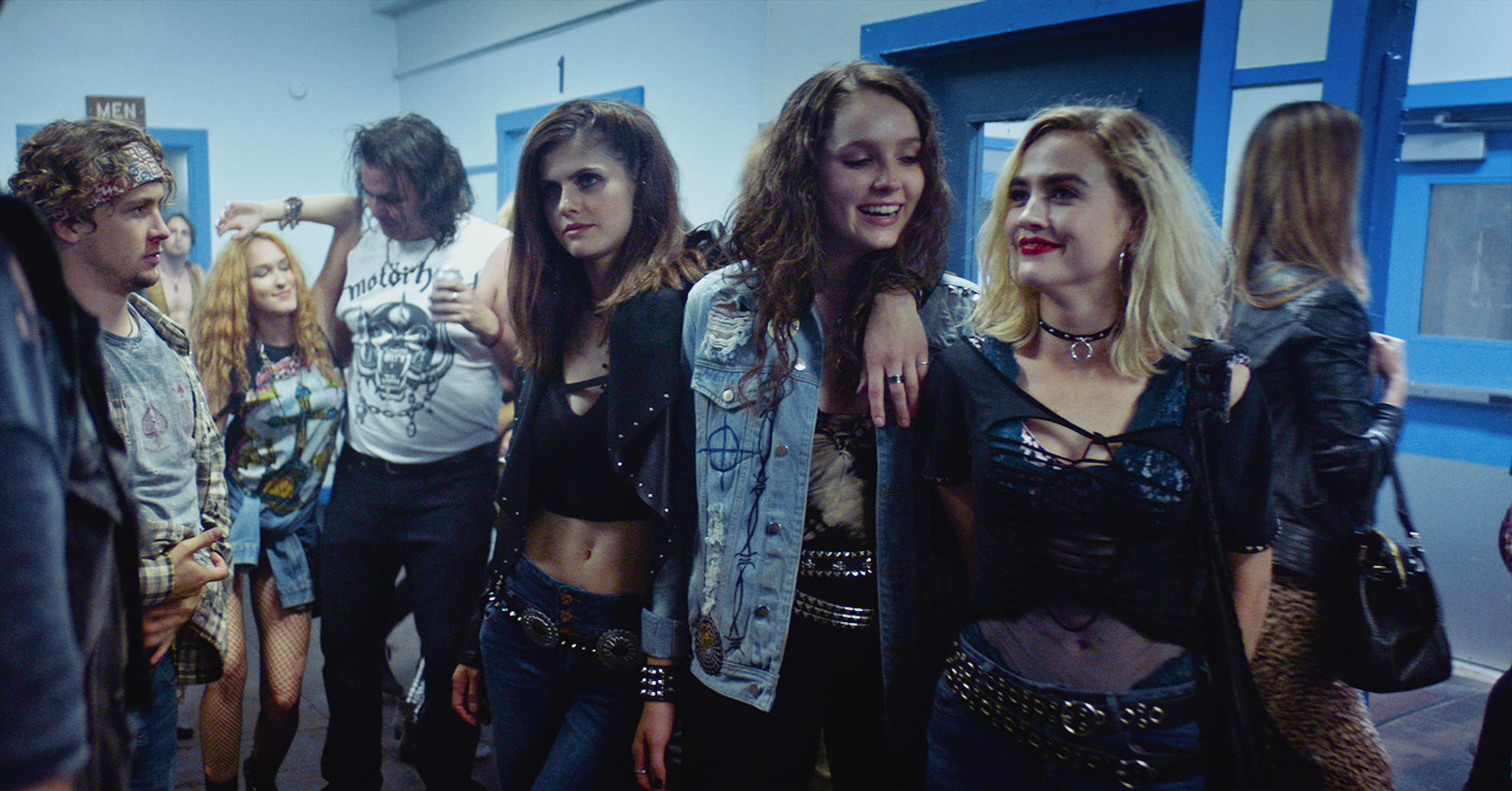 We Summon the Darkness - Alexandra Daddario, Maddie Hasson, and Amy Forsyth