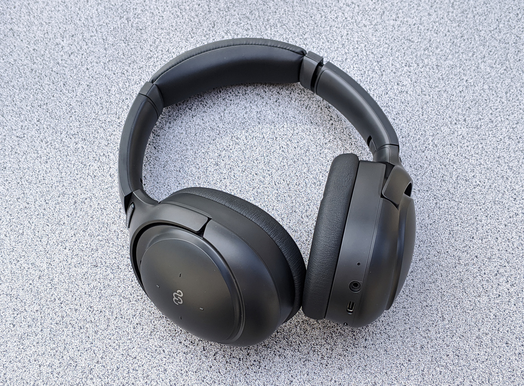 Mu6 Space 2 Noise Cancelling Headphones - Photo by John Nguyen/Nerd Reactor