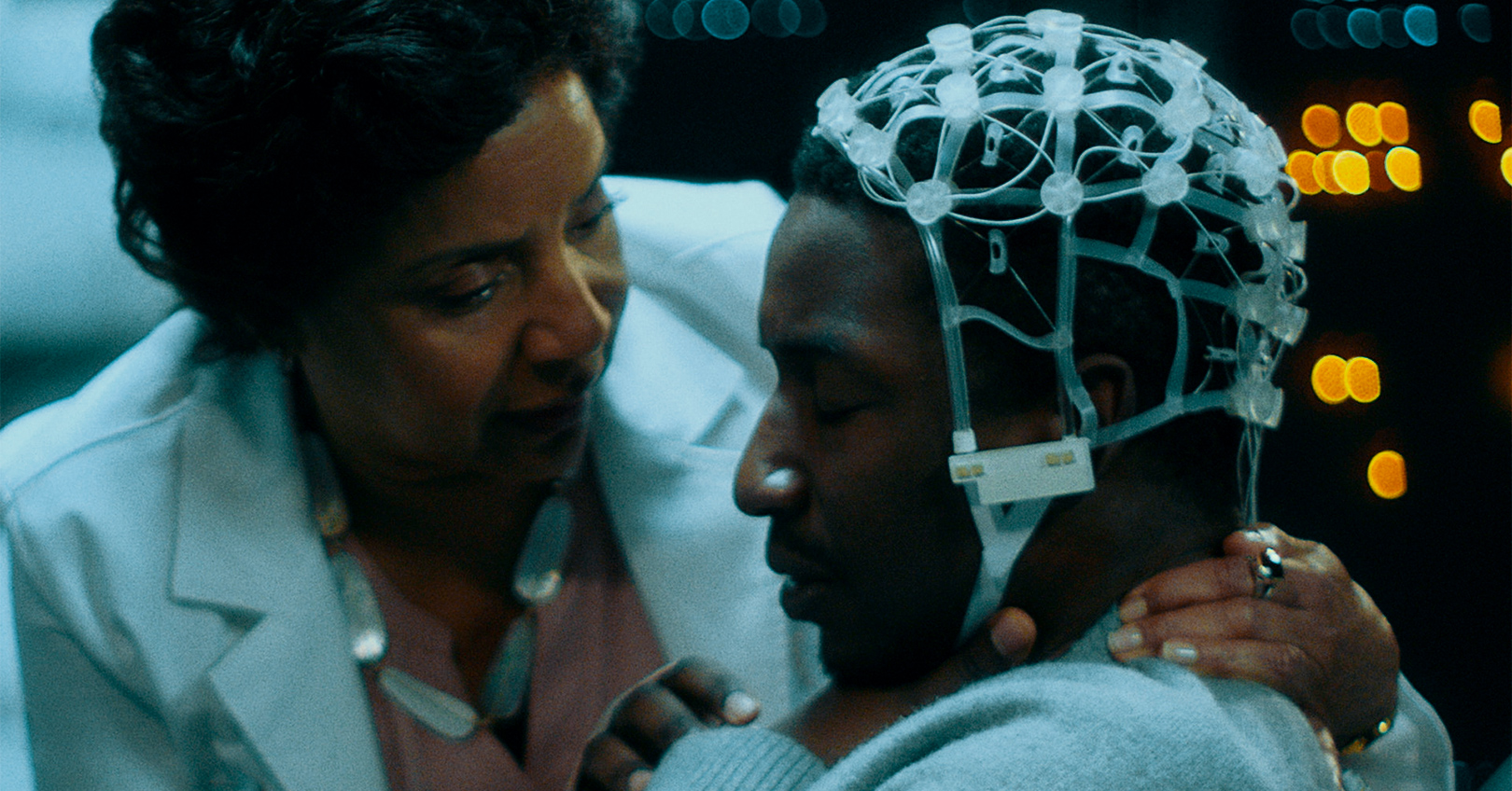 Black Box - Phylicia Rashad and Mamoudou Athie